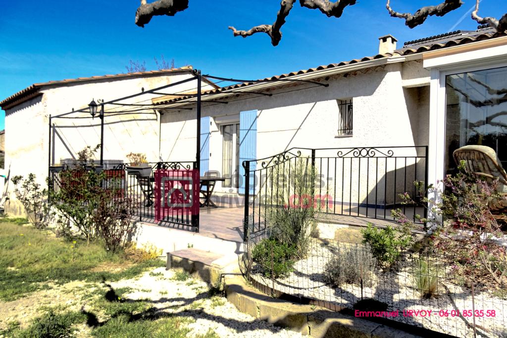 ACHAT - EYRAGUES - 13630 - Maison 170 m² - 5 chambres avec piscine