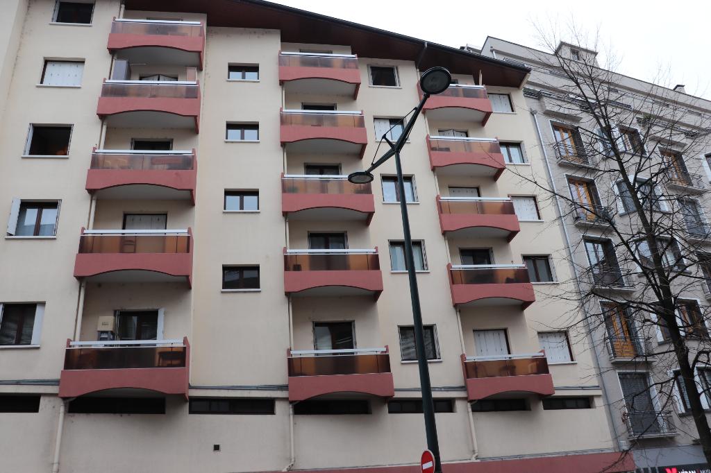 T2 31 m² + garage ANNECY centre ville