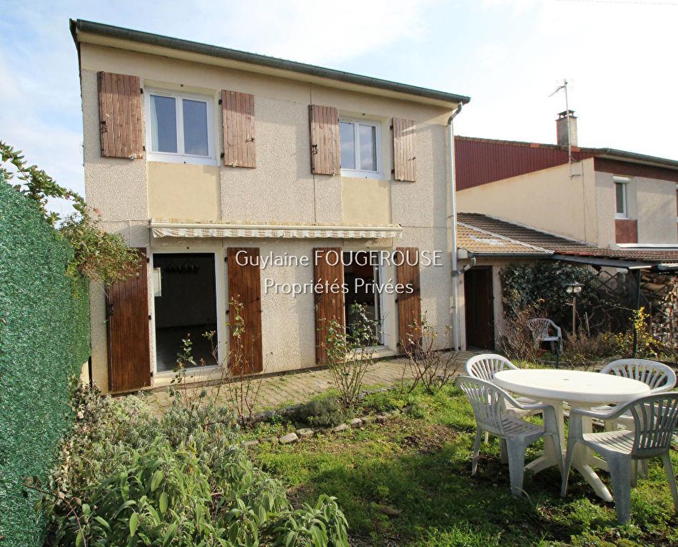 Maison Montbrison 5 pièce(s) 81.7 m2
