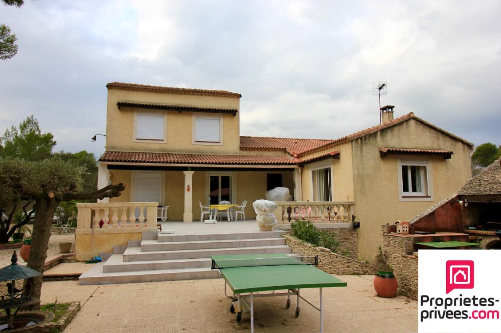 Villa Nimes 6 pièce(s) 165 m2