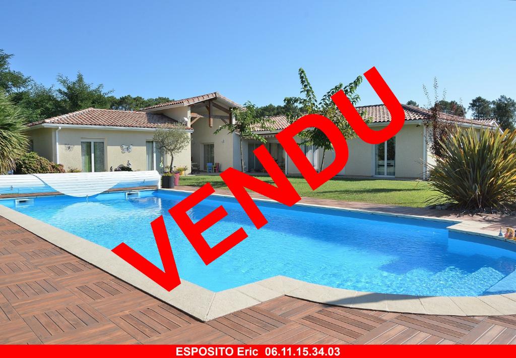 Villa Gastes 7 pièce(s) 154 m2 avec piscine