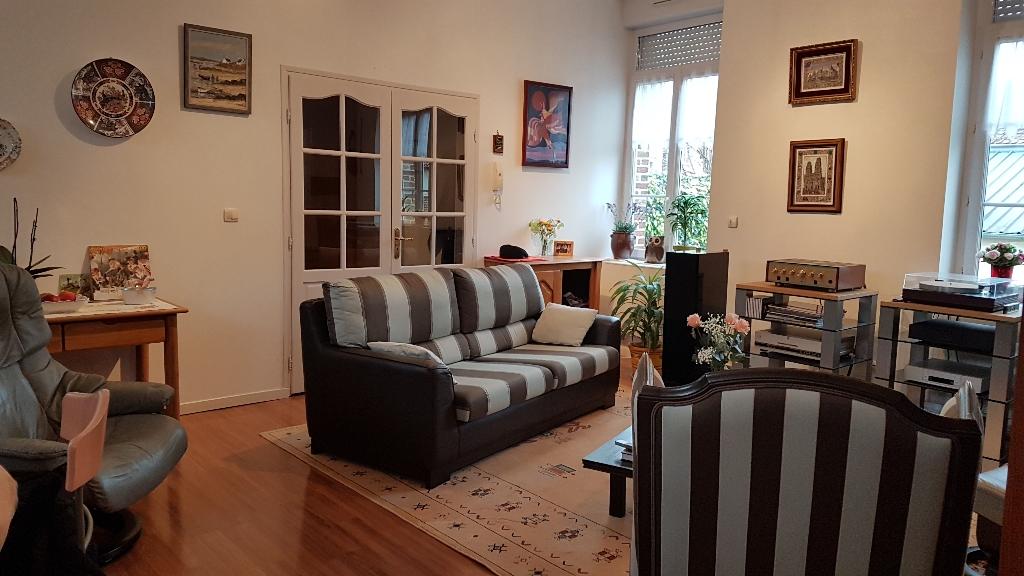 Appartement Saint Quentin 4 pièce(s) 106 m2
