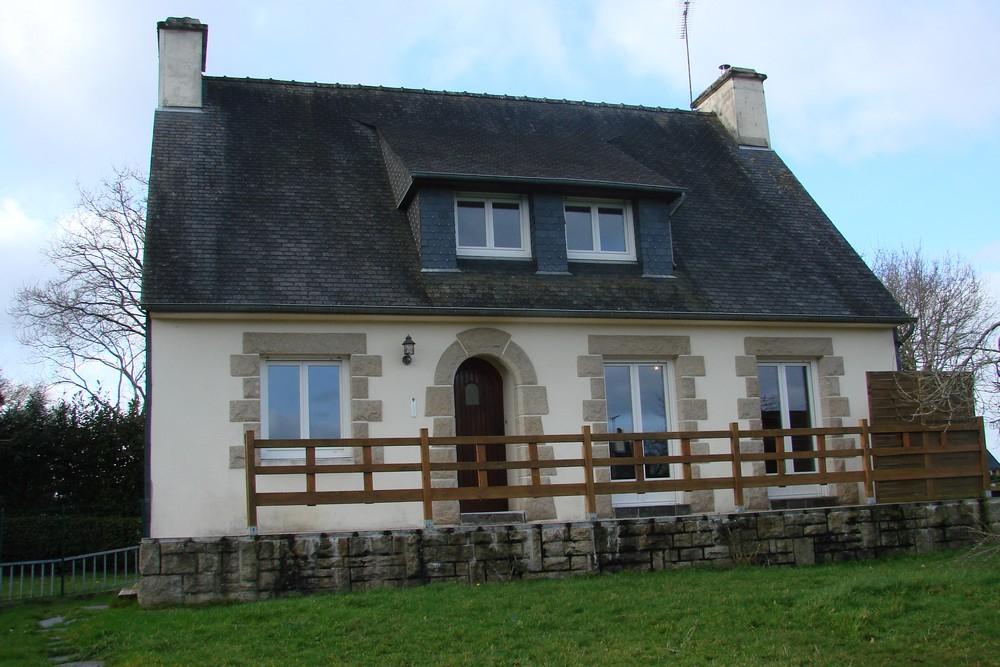 Maison Plouguernevel 6 pièce(s) 114 m2