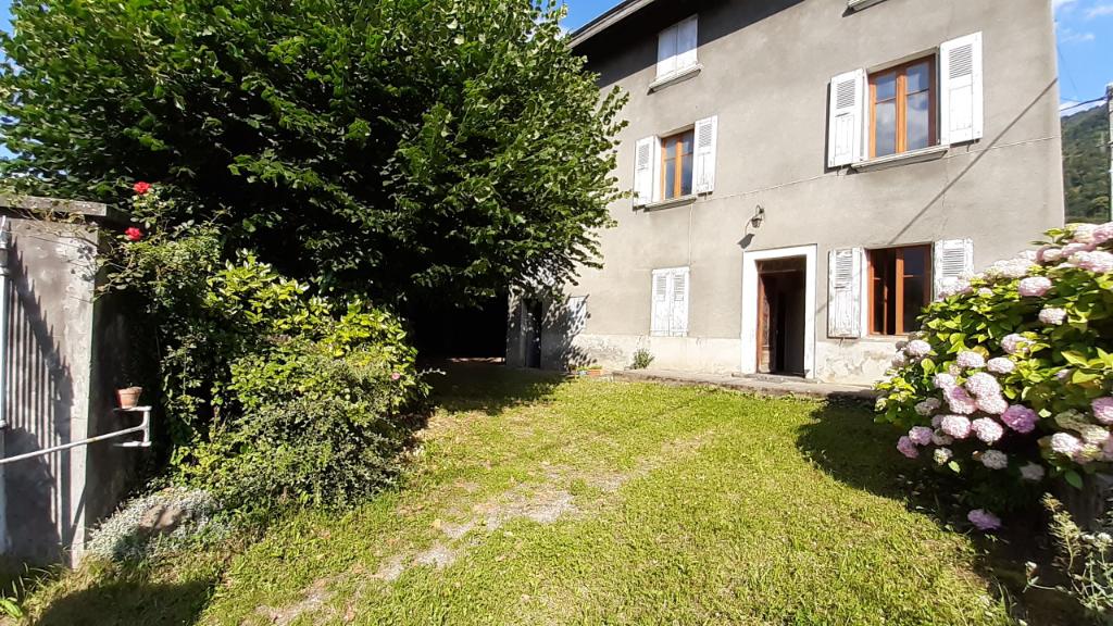 Maison  5 pièce(s) 95.57 m2