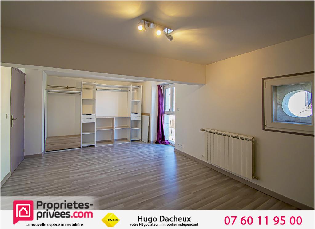 Maison St Outrille 8 pièce(s) 190 m2