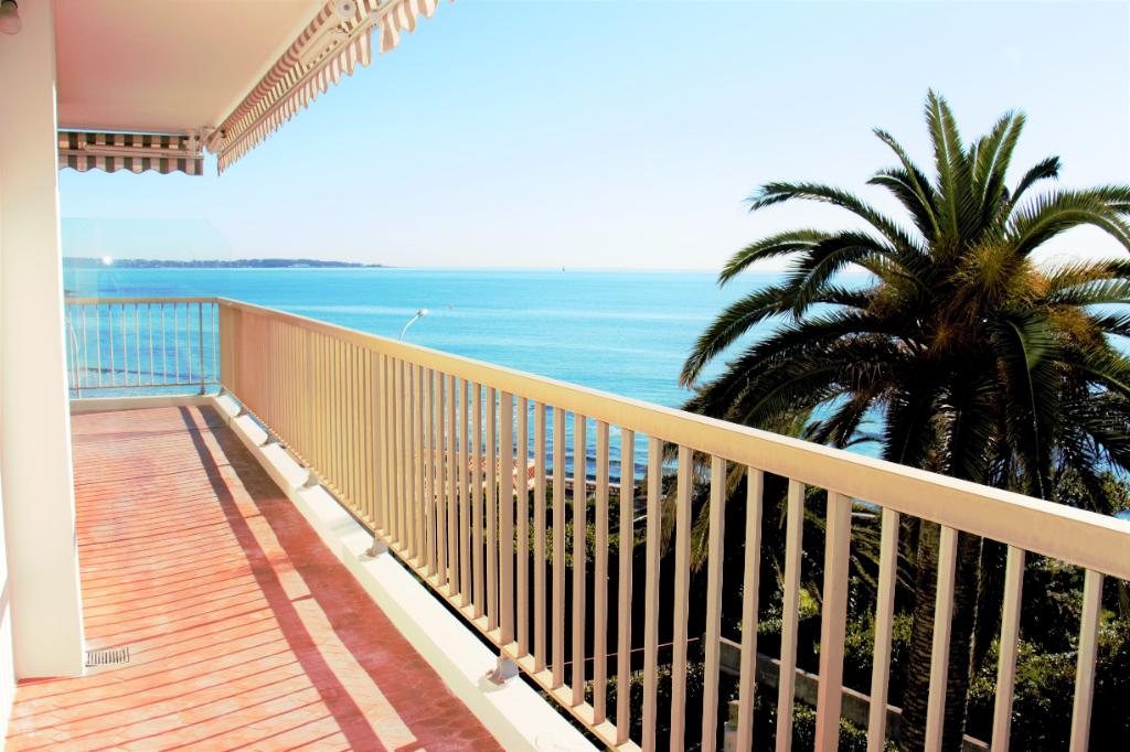 Cannes (06400)  Très beau 3-4 pièces de 108  m² . Splendide Vue mer