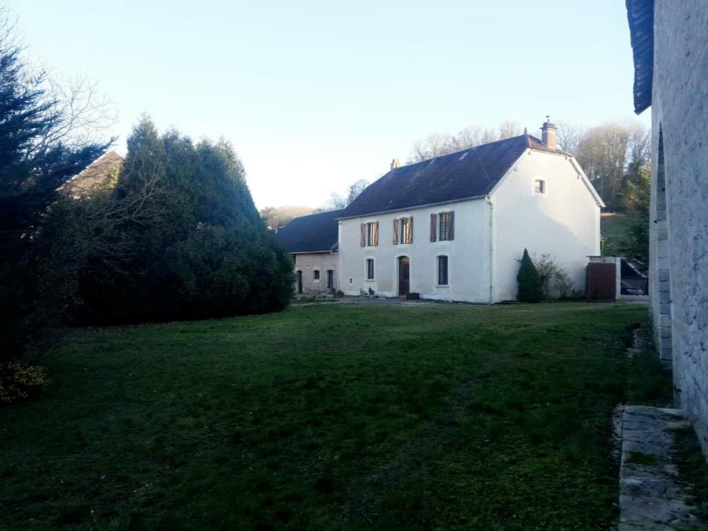 Maison Chacenay 9 pièce(s) 440 m2