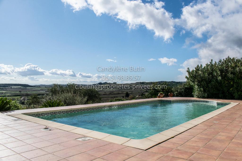 Magnifique villa languedocienne avec vue imprenable sur 1083m²