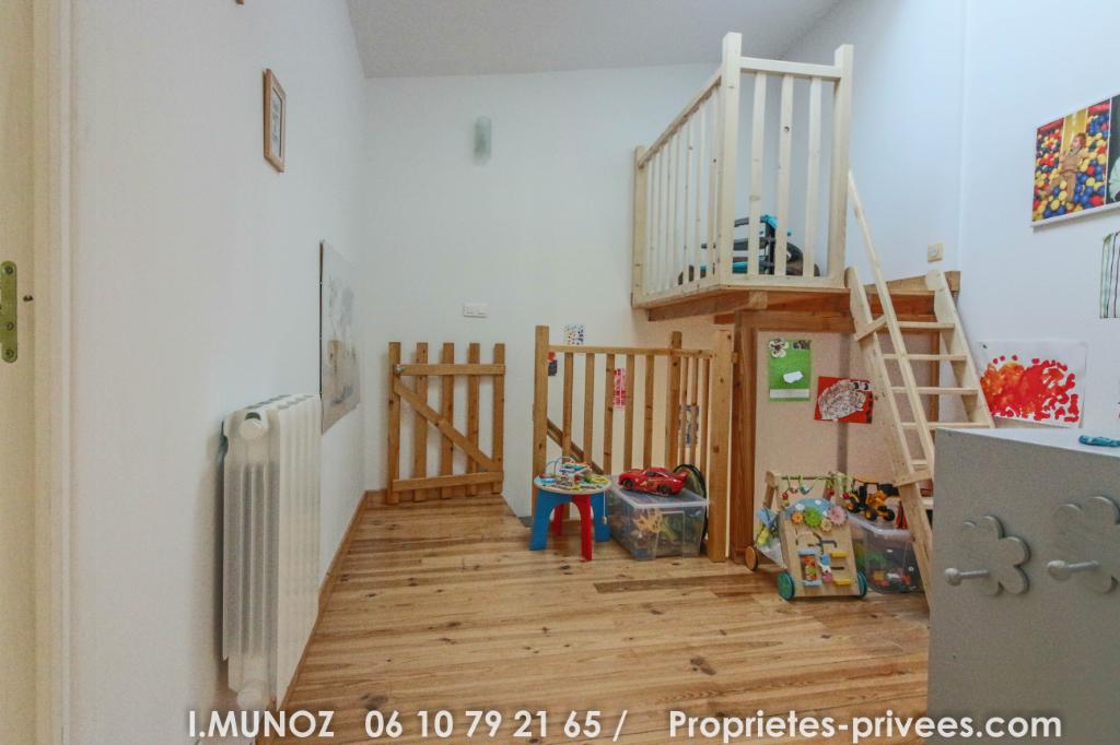 Maison Vertaizon 5 pièce(s) 113 m2 avec terrasse et dépendances
