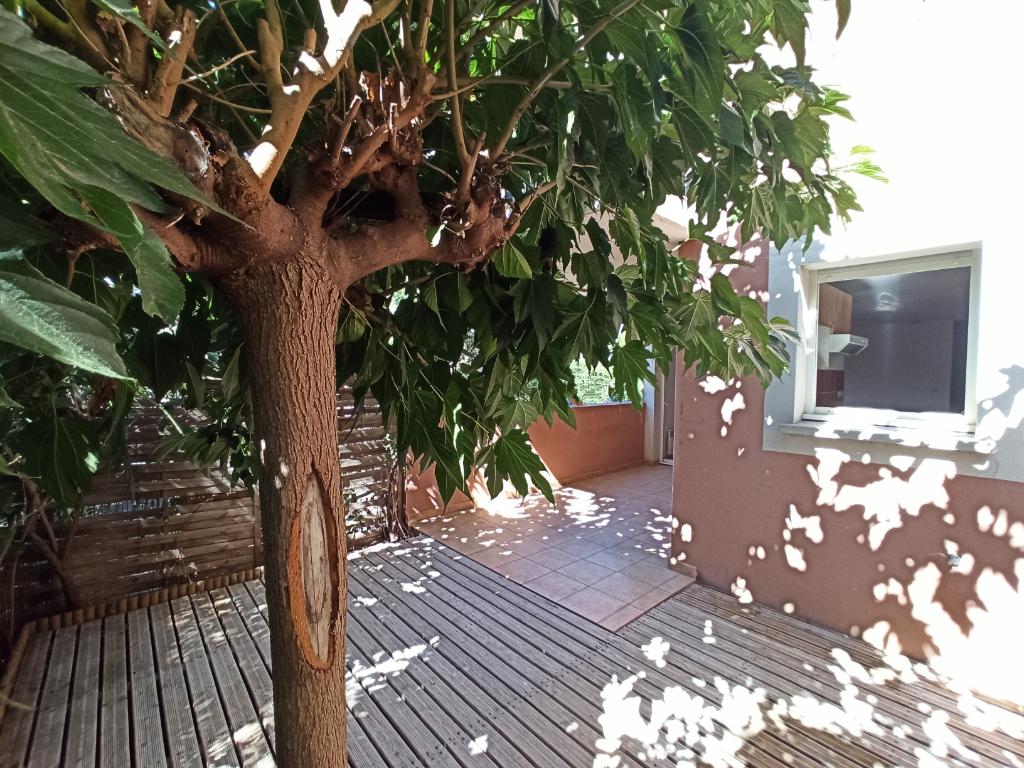 Appartement Agde 3 pièce(s) 55 m2 -terrasse-jardin-158 900 euros