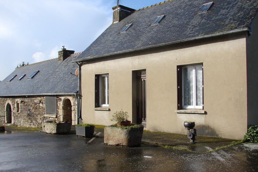 Maison Mael Carhaix 6 pièce(s) 94 m2