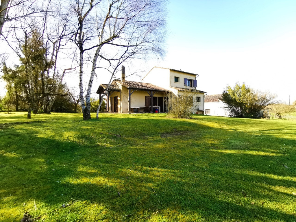 Maison 103 m² 3 chambres terrain 3200 m²