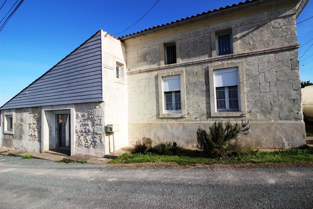 Maison avec VUE PANORAMIQUE sur L'ESTUAIRE - ST FORT - 105 m2