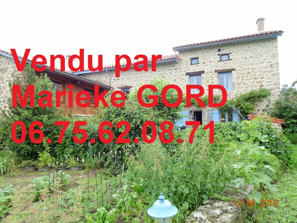 Maison Beauzac 7 pièces 190 m² 3 chambres sur 1600m² de terrain