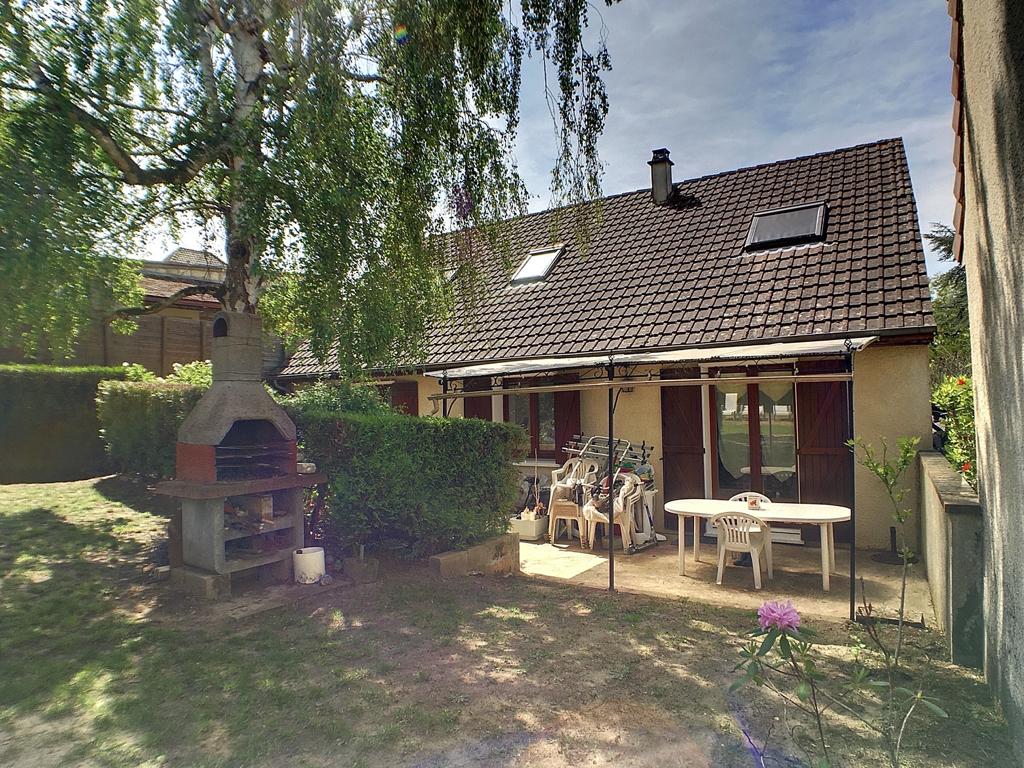 Maison Saint Arnoult En Yvelines