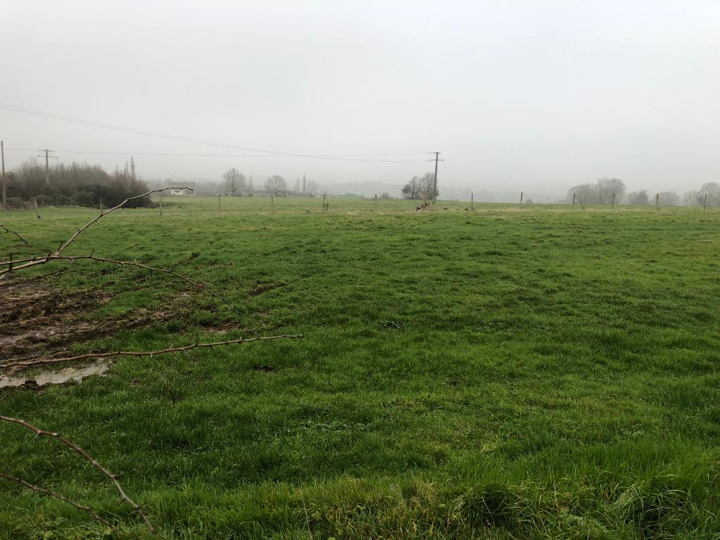 Proche  Gournay En Bray  et Neuf-Marché Terrain à Bâtir 1000 m2