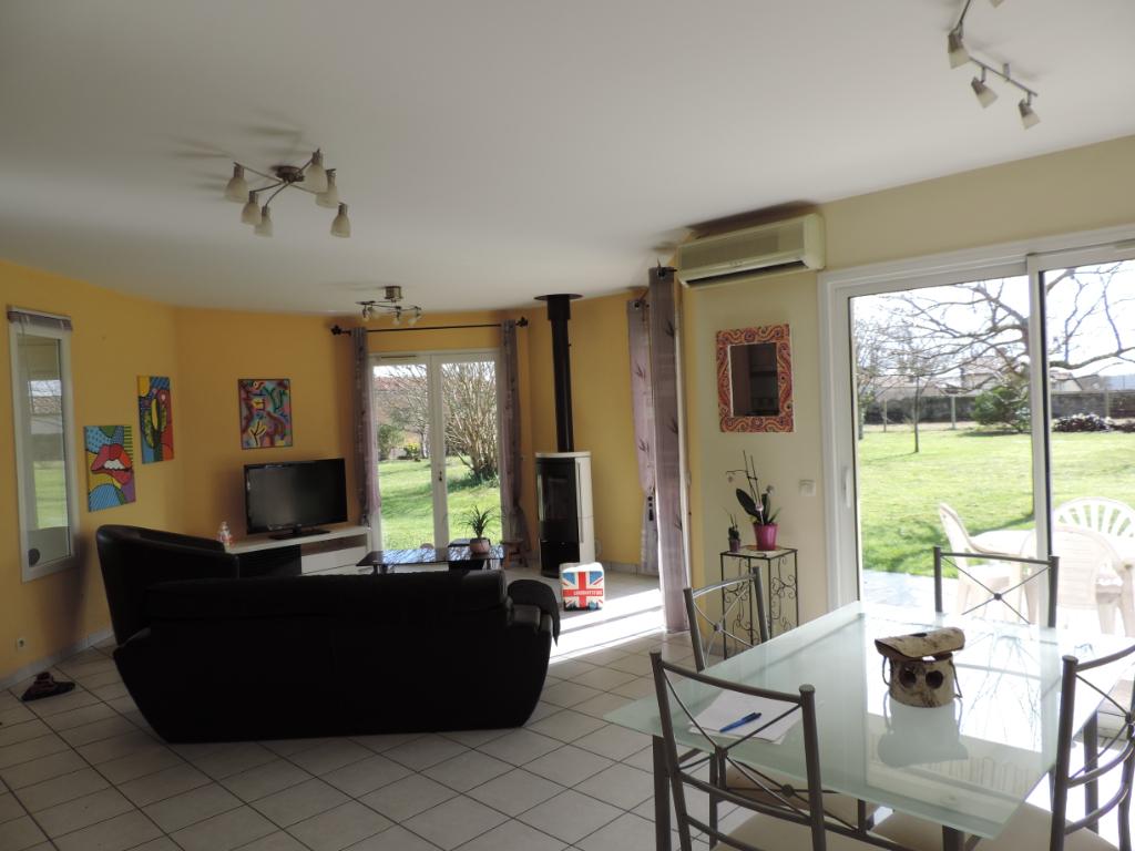 Maison Saint Yaguen 3 pièce(s) 87 m2