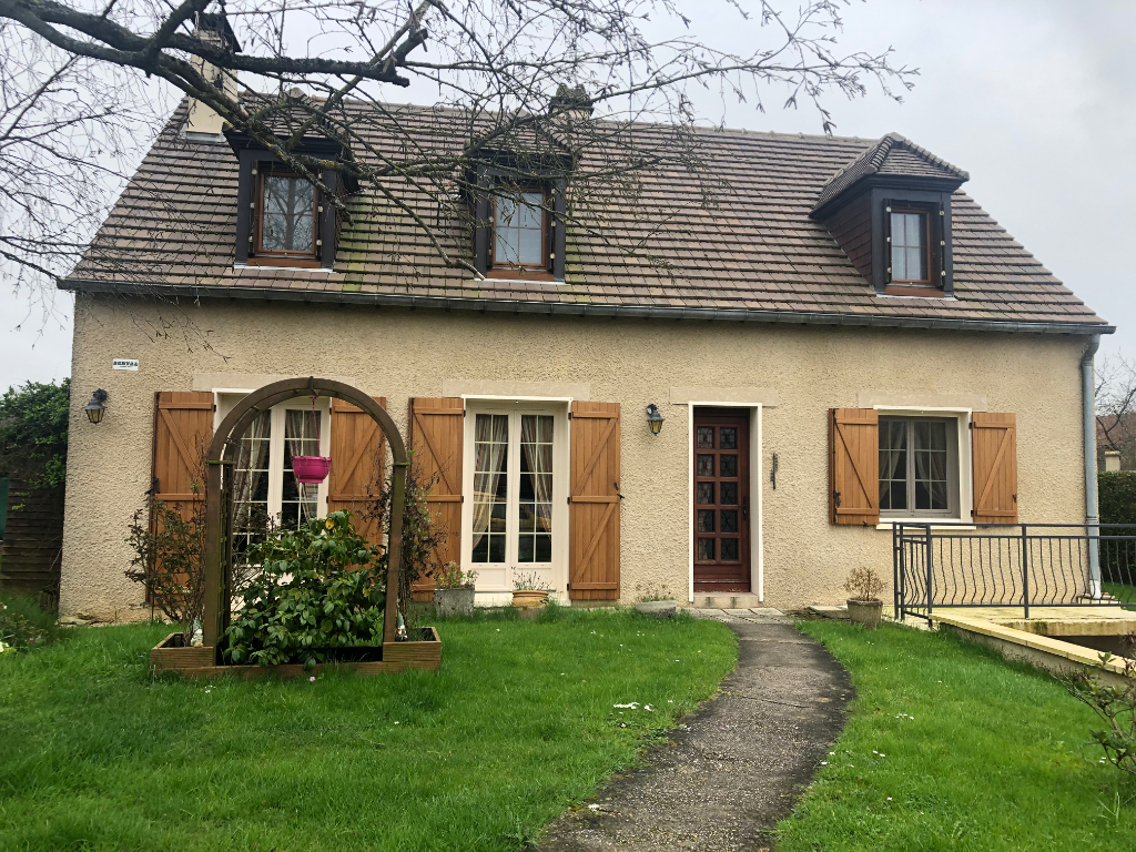 A 15 mn de Magny et 10 mn de Gisors Maison 4 chambres /144 m²  Jardin de 1000 m²