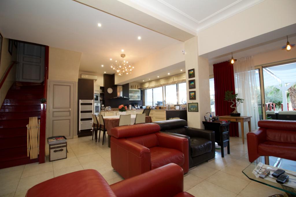 Maison Sens 6 pièce(s) 156 m2