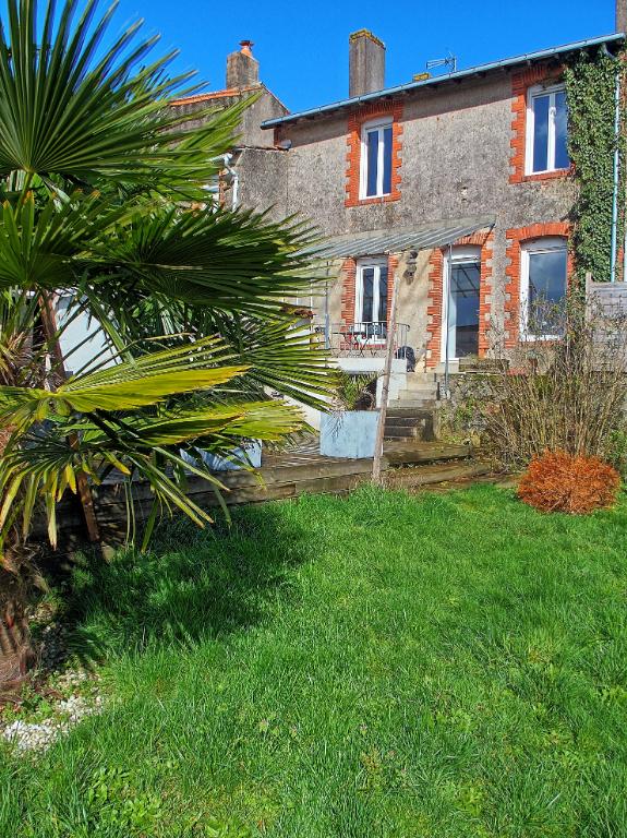 Maison Tillieres 6 pièce(s) 150 m2