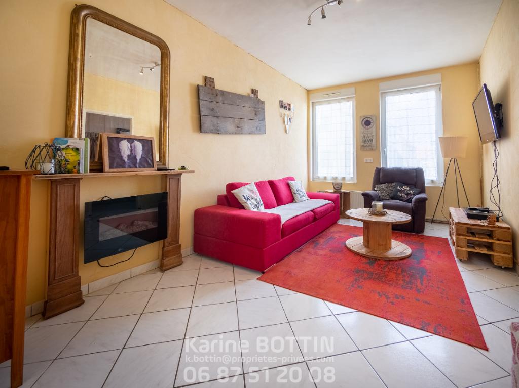 Maison Guines 7 pièce(s) 160 m2