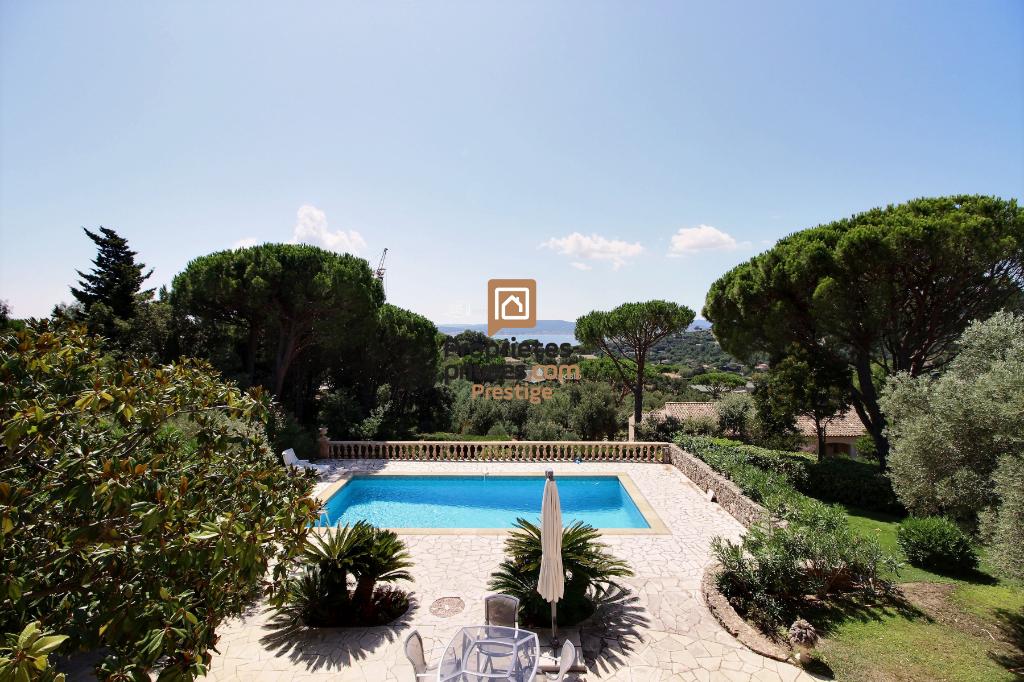 Villa Sainte Maxime 6 pièces 230 m² - 1 596 000 euros -