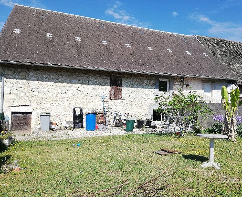Maison Artemare 6 pièce(s) 180 m2