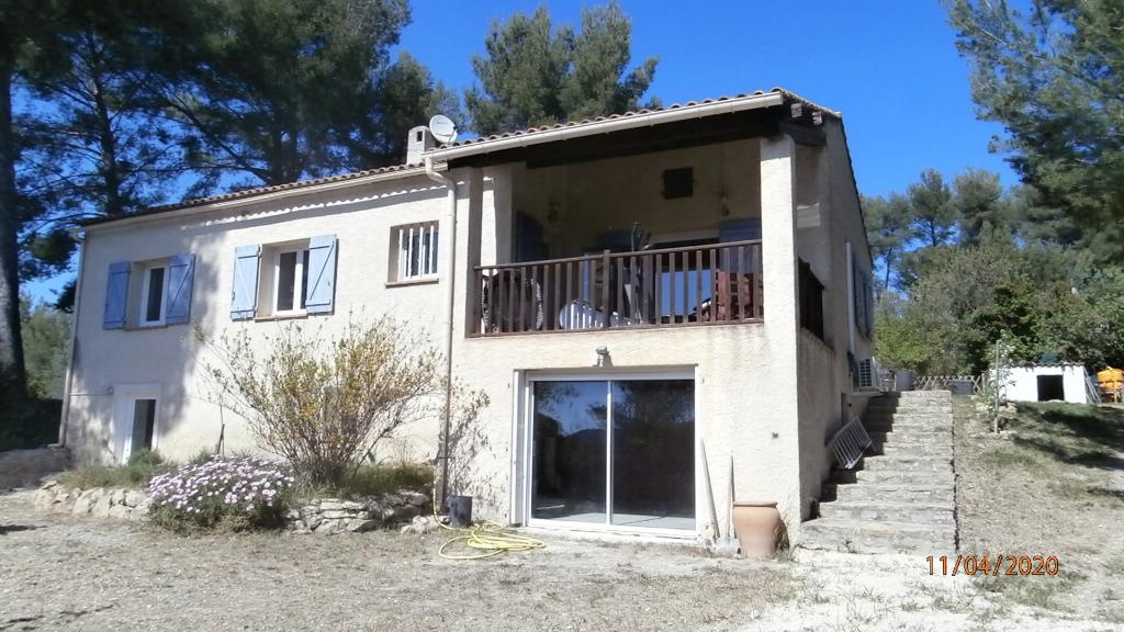 Maison Le Beausset 6 pièce(s)  avec piscine sur terrain de plus de 1400 m²