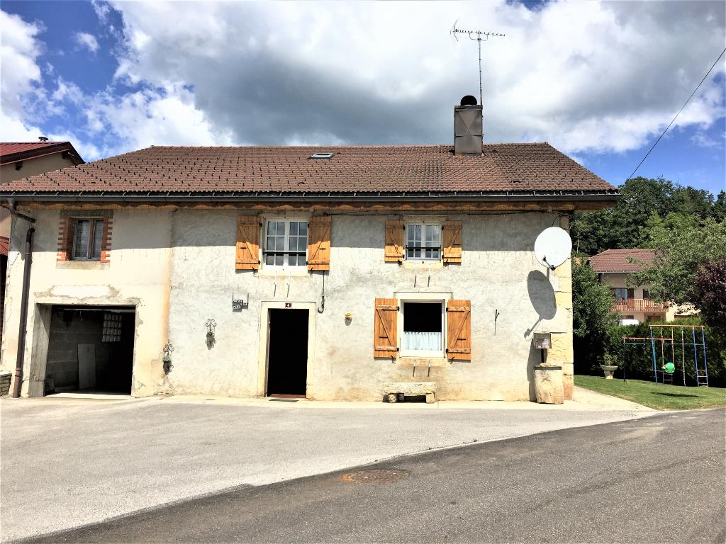 39400 Les Mouillés - Maison individuelle 5 pièce(s) 110 m2 + garages + jardin