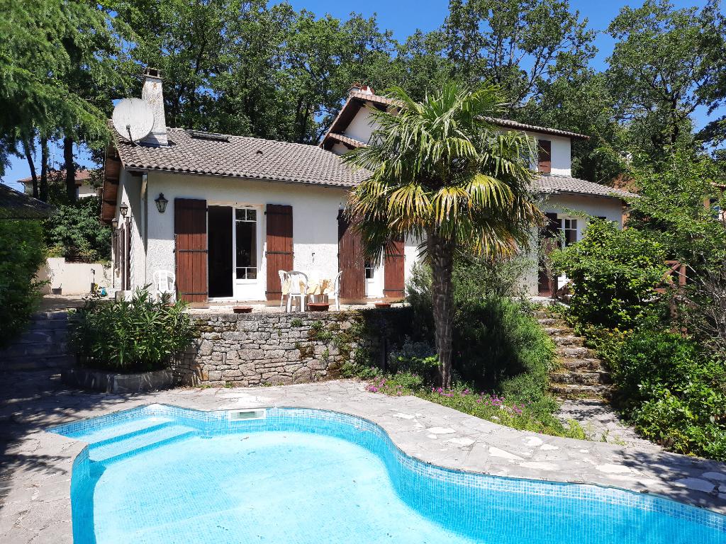 Maison La Séguinière 7 pièce(s) 185 m²