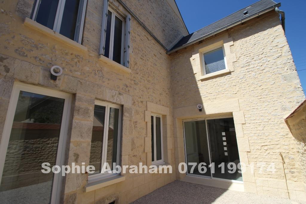 Maison, 5 pièces, 3 chambres avec cave et cour
