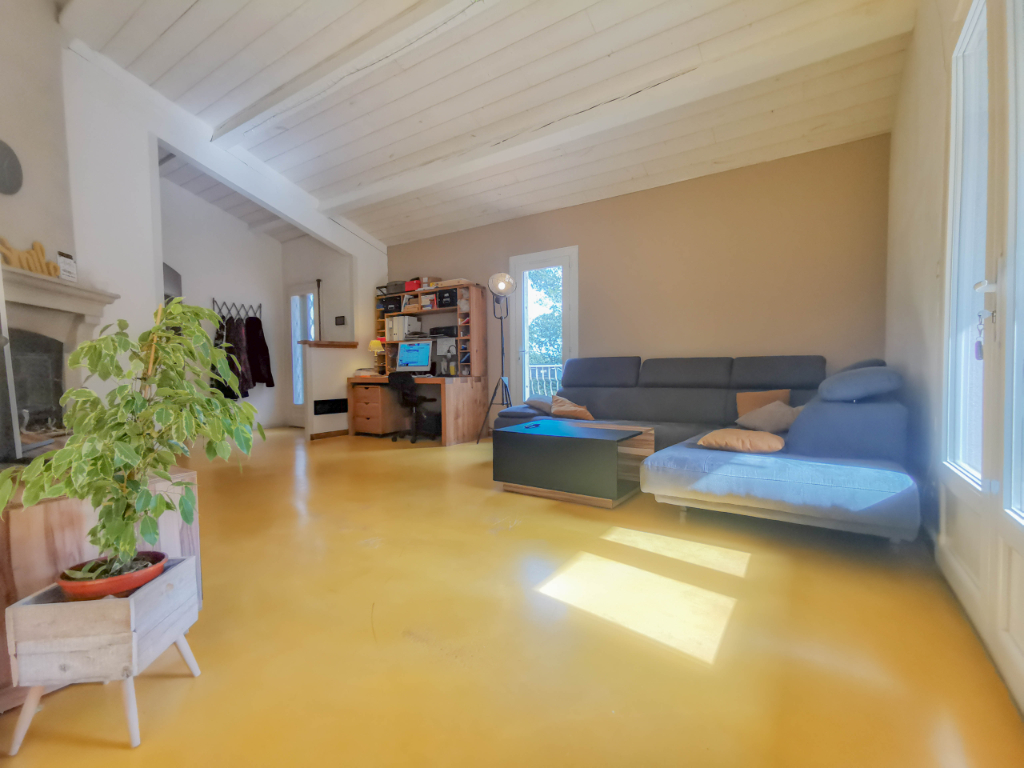 Maison Nimes 6 pièce(s) 139 m2