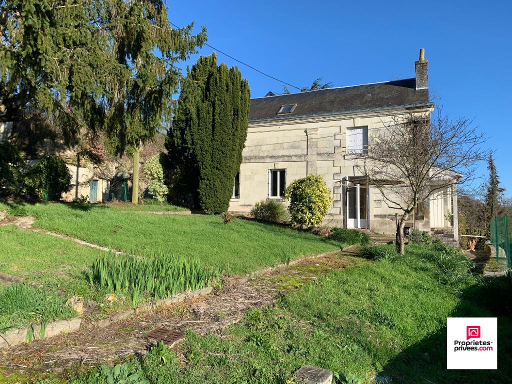 Maison Ancienne entre Chinon et Saumur 6 pièce(s) 147m2, jardin et dépendances