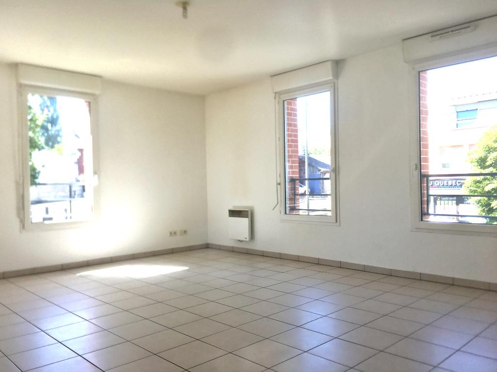Appartement Amiens 3 pièces  avec terrasse et parking
