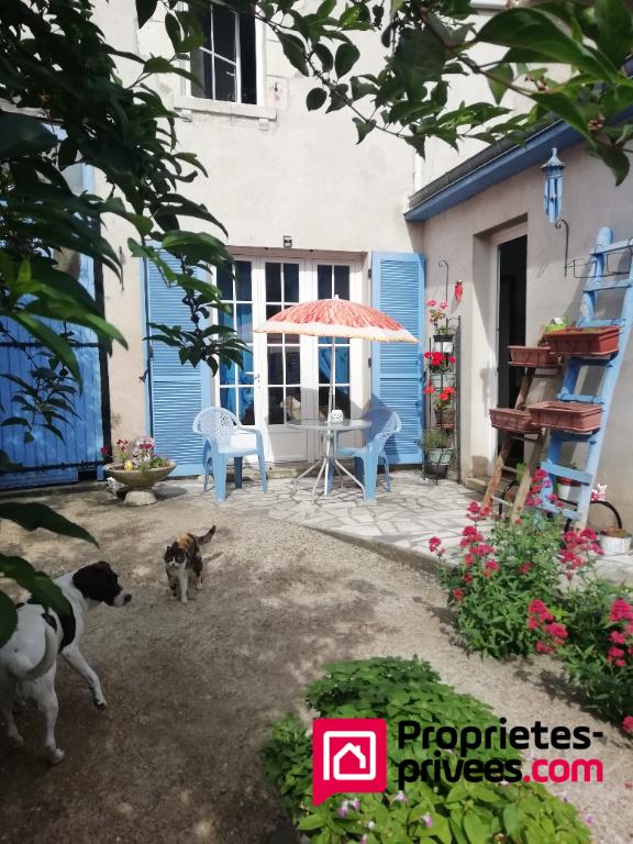 Maison Antogny Le Tillac 4 pièce(s) 100 m2