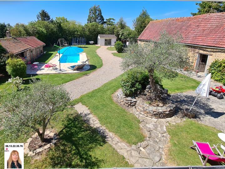 Triangle Gaillon - Louviers - Acquigny - Agréable propriété de 87 m2 avec piscine, bâtiments sur 1.313 m2 de terrain - Prix : 271.700