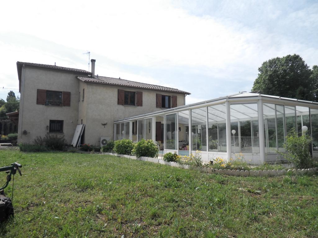 Maison Bergerac 5 chambres 170 m2  piscine couverte