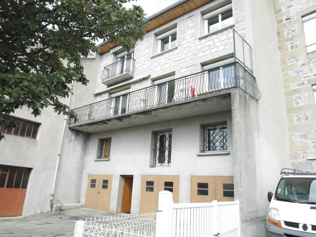 Maison Saint Just Malmont 2 appartements possibilité 3