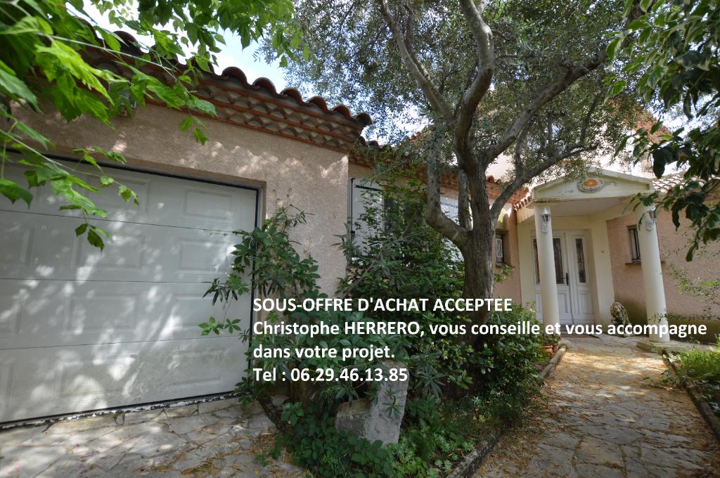 Villa T5 de 137 m2 + garage et annexes 80m2 sur 507m2 de terrain