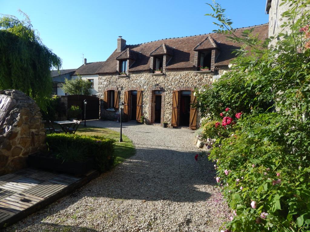 Maison Thorigny Sur Oreuse 3 pièce(s) 110 m2