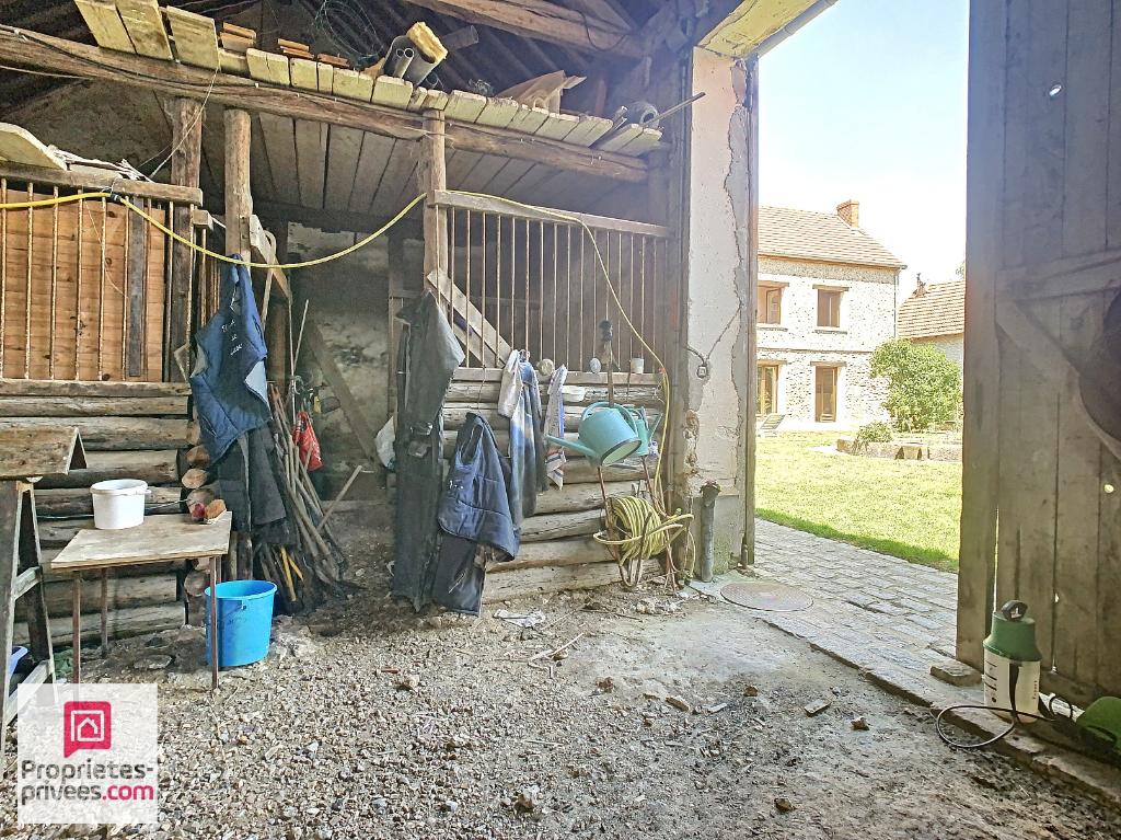 Maison ancienne avec granges- idéal pour écurie privée