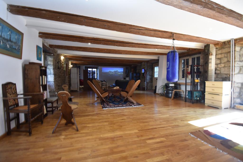 St Romain Lachalm, 43620, maison de village en pierre de 200 m²