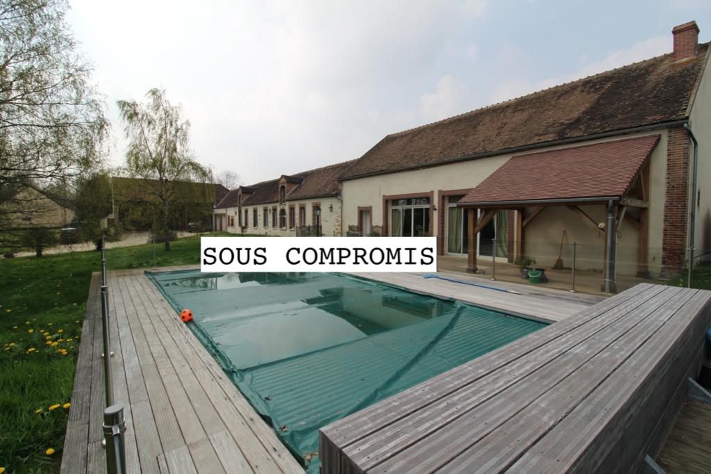 Maison Sens 5 pièce(s) 285 m2