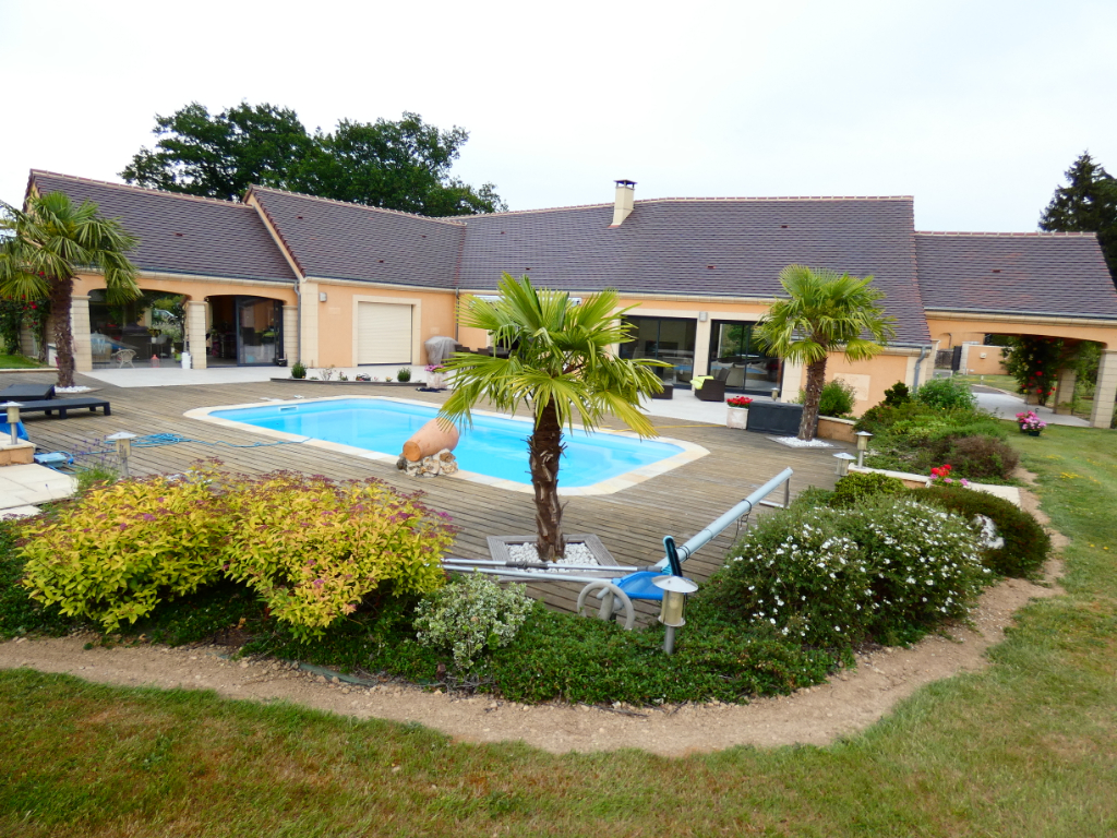 Villa avec piscine proche Senonches