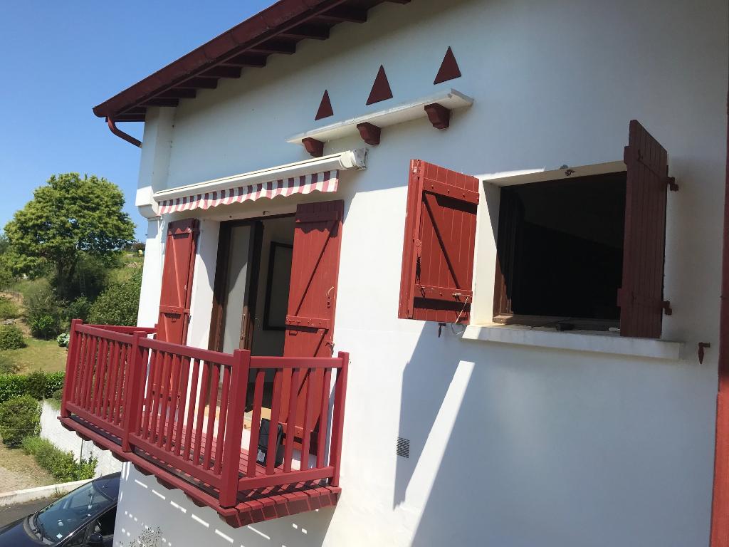 Maison Saint Pee Sur Nivelle 4 pièce(s) 105 m2