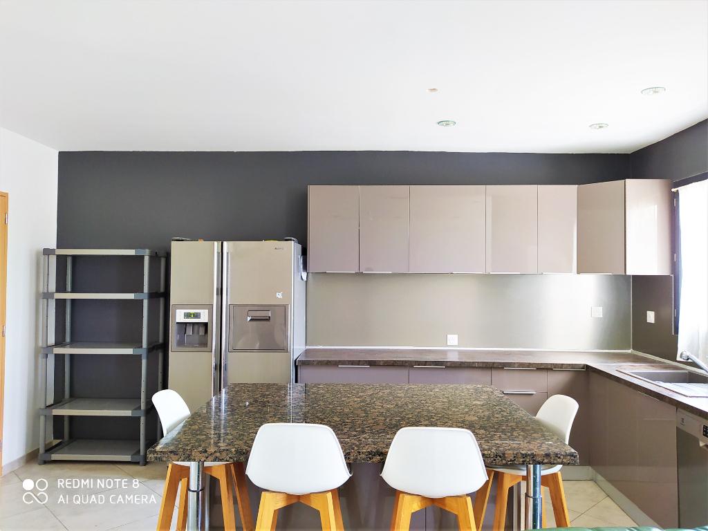 Villa  5 pièce(s) 120 m2 avec piscine et garage