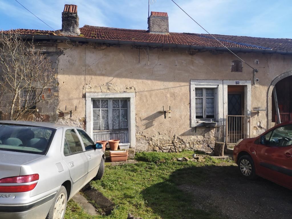 Maison de village à réhabiliter