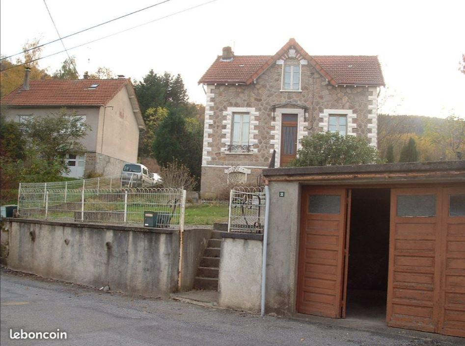 Charmante petite maison à rénover 4 pièce(s) 55 m2 sur 3 882 m2 de terrain