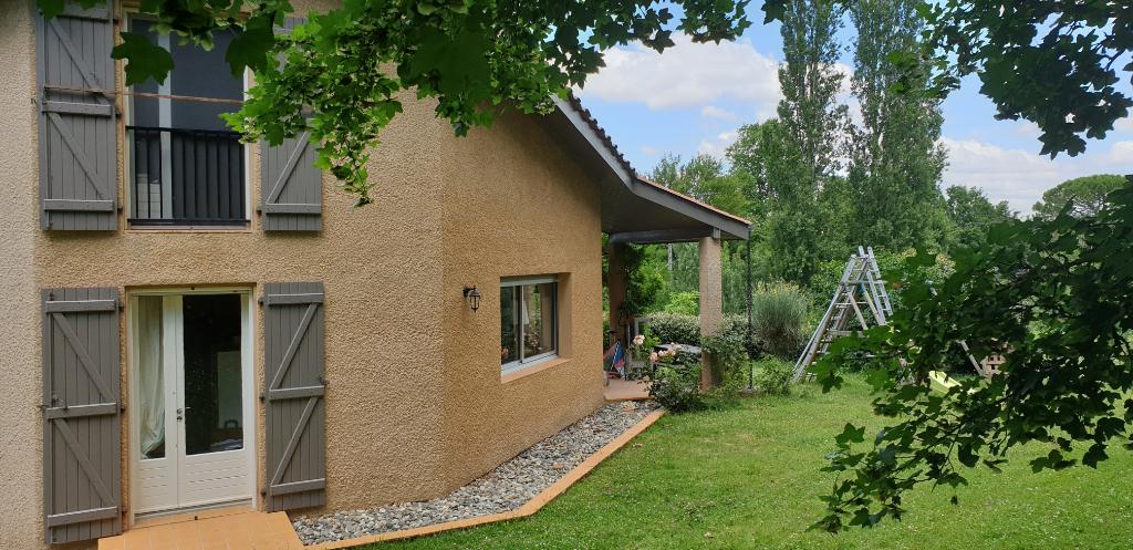Maison 6 pièces 163 m2 avec terrain 5000 m²