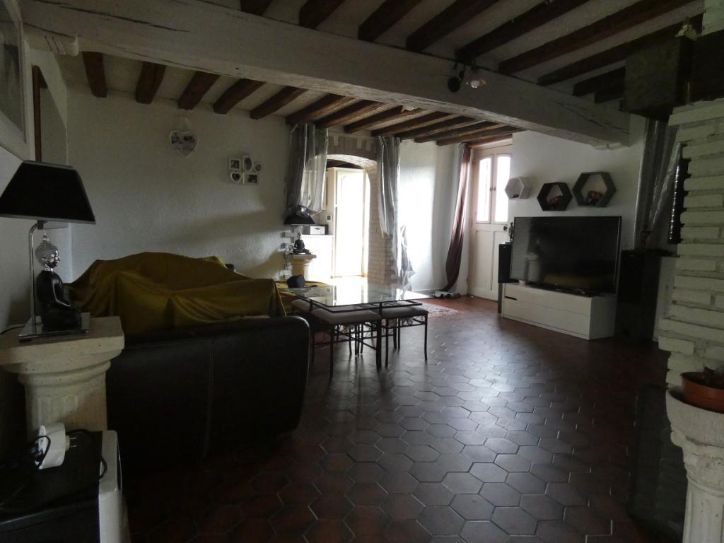 Longère 4 chambres 150 m² + dépendances